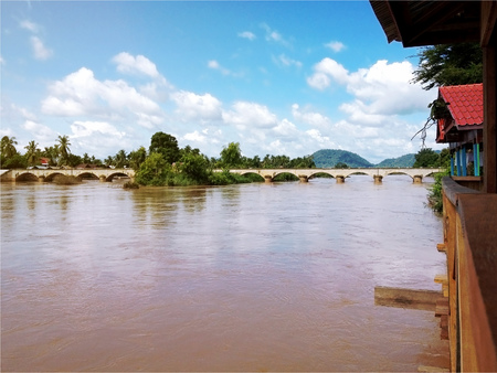 det: View of Mekong River and bridge between Don Det and Don Khone Island from Cottage - Laos