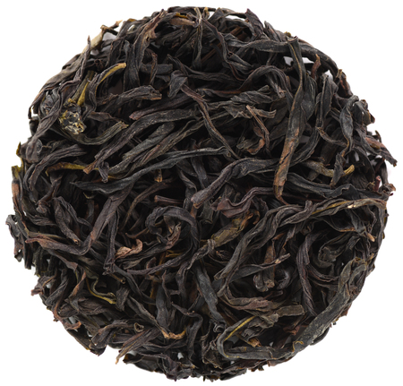 Ya Shi Xiang Dong Cong Oolong tea isolated in round shape