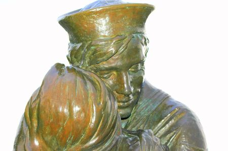 Statue of lovers.