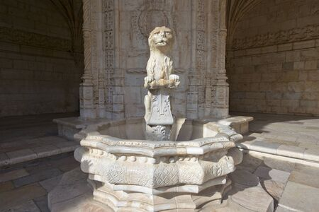 mariner: Cloister of the Jeronimos Monastery in Lisbon, Portugal.