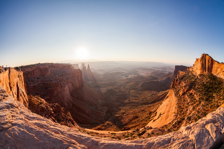 mesa: Mesa Arch at sunrise, Canyonlands National Park, Utah