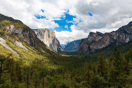 El Capitan in Yosemite National Park, California Stock fotó - 52179951