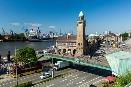 st german: HAMBURG, GERMANY - JUNE 4, 2016: View of the St. Pauli Piers (German: St. Pauli Landungsbrucken) one of Hamburgs major tourist attractions on June 4, 2016. Its the largest landing place Hamburg. Editorial