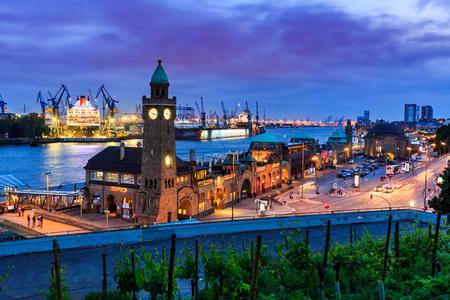 famous industries: HAMBURG, GERMANY - JUNE 8, 2016: View of the St. Pauli Piers (German: St. Pauli Landungsbrucken) one of Hamburgs major tourist attractions on June 8, 2016. Its the largest landing place Hamburg. Editorial