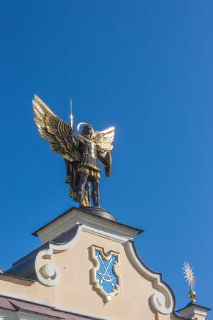 angel de la independencia: Saint patron of Kiev - archangel Michael Foto de archivo