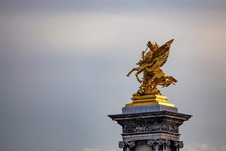 Golden sculptures in Paris
