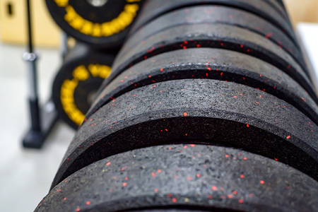 Fitness dumbbell and barbell weight plates
