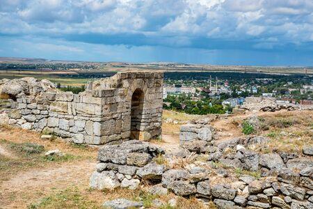 Vue des ruines de la ville grecque antique de Panticapaeum en Crimée Banque d'images