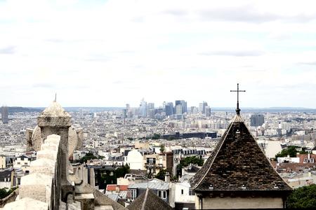 la defense: View of old and new Paris city - La Defense.
