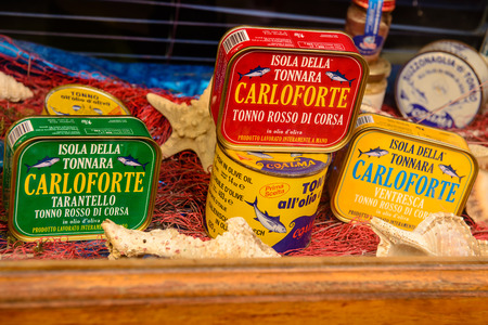 Carloforte, Sardinia, Italy - May 08, 2014: Typical canned tuna products on the island of San Pietro in Sardinia, Italy. Archivio Fotografico - 105180625
