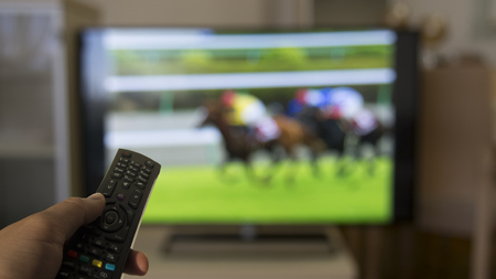 horse racing on tv