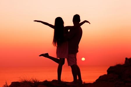 silhouette couple in love photo