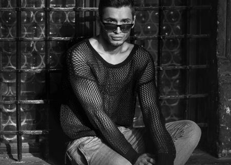 fashon: fashon man. black and white photography