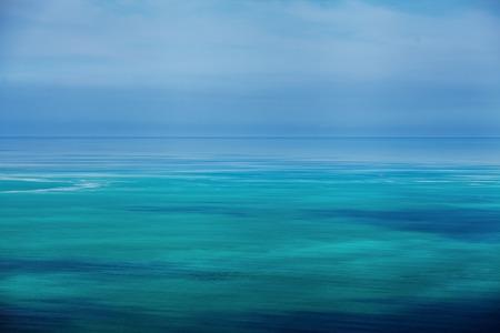 cielo y mar: mar tropical Foto de archivo
