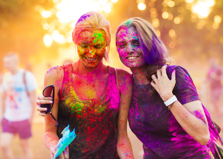 girls celebrate holi festival