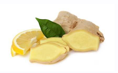 isoleted: Sliced ??ginger with lemon,isoleted on a white background.