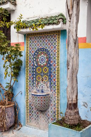 fountain with Moroccan mosaic Stockfoto