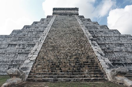 El Castillo the castel of Chichen Itza in the yucatan was a Maya city and one of the greatest religious center and remains today one of the most visited archeological sites Stock Photo - 121743244