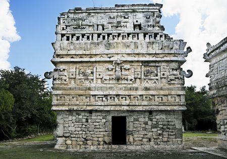 Chichén Itzá en Yucatán fue una ciudad maya y uno de los mayores centros religiosos y sigue siendo hoy uno de los sitios arqueológicos más visitados.