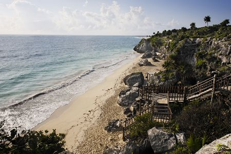 view of the mayan archaeological site of tulum 스톡 콘텐츠 - 121743339