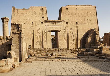 Vista del templo de Horus en Edfou en el Alto Egipto Foto de archivo