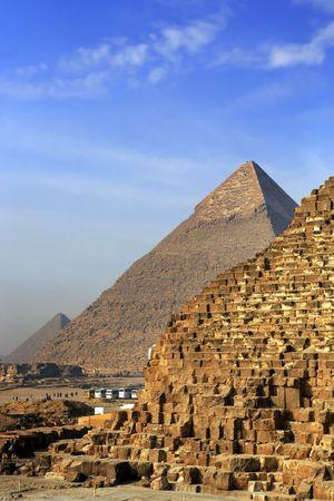 Vista de las pirámides de Gizah, cerca de El Cairo en Egipto