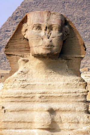 view of the sphynx with the pyramids of gizah near cairo in egypt 写真素材 - 121743482