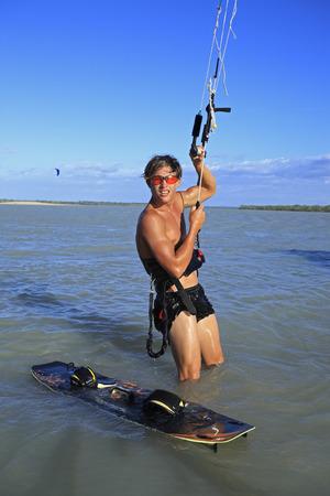 jeune et talentueux kitesurfeur au brésil tatajuba, Jericoacoara,ceara