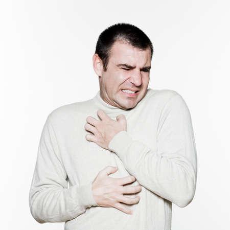Portret van een elegant expressieve man in de studio op een witte achtergrond van geïsoleerde