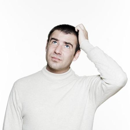 annoying: Portret przystojny mężczyzna expressive w studio na białym tle izolowane
