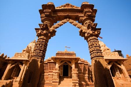インディのラジャスタン州 lodruva ジャイサル メールのジャイナ教寺院