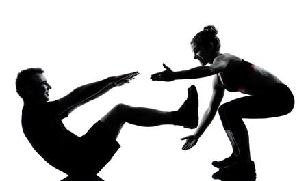 couple lit: un hombre mujer pareja el ejercicio de entrenamiento de la aptitud aer�bica Silouhette postura de cuerpo entero en el estudio aislado en fondo blanco