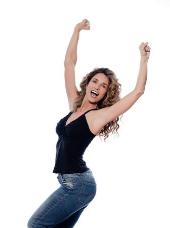 ni�a gritando: hermosa alegr�a retrato de mujer cauc�sica estudio aislado sobre fondo blanco
