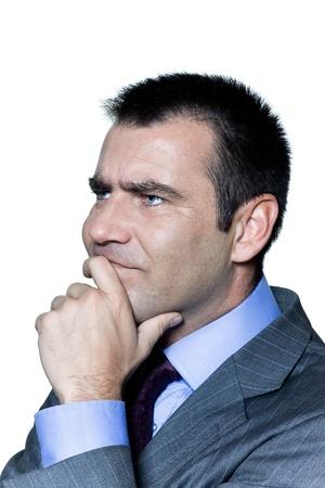 caras de emociones: Retrato de un hombre de negocios pensativo preocupado en estudio en fondo blanco aislado Foto de archivo