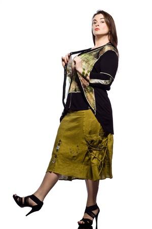 large build: grandi costruire caucasico donna piena lunghezza primavera estate modelle vestiti abbigliamento su sfondo studio isolato pianura