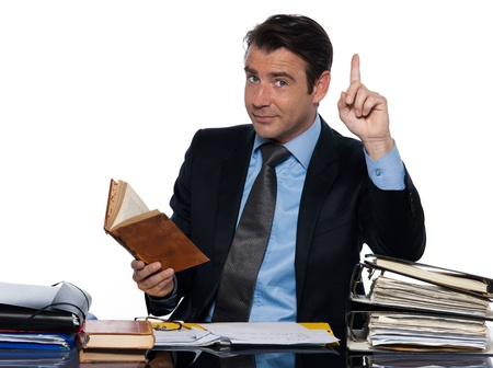 maestra ense�ando: el hombre cauc�sico profesor de ense�anza docente aislado estudio sobre fondo blanco Foto de archivo