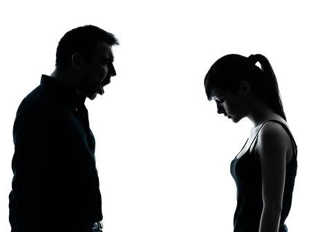 un hombre y una chica adolescente conflictos de controversias en el interior silueta aisladas sobre fondo blanco