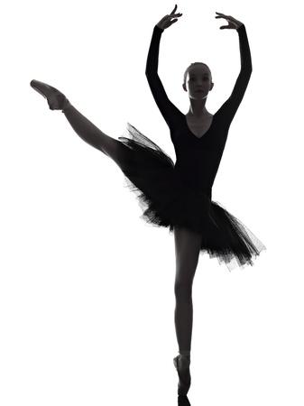 bailarina ballet: un cauc�sico joven bailarina de ballet mujer bailarina bailando con tut� en estudio de la silueta sobre fondo blanco