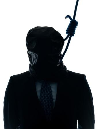 ahorcado: un hombre cauc�sico criminal con nudo corredizo alrededor del cuello del ahorcado en el estudio de la silueta aislado en el fondo blanco