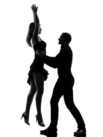 bailando salsa: una mujer caucásica pareja hombre bailando bailarines de salsa en roca silueta estudio aislado sobre fondo blanco