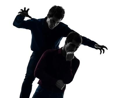 esquizofrenia: dos hombres caucásicos dominación concepto sombra fondo blanco