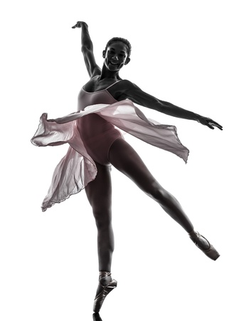 een vrouw ballerina ballet danser dansen in silhouet op een witte achtergrond