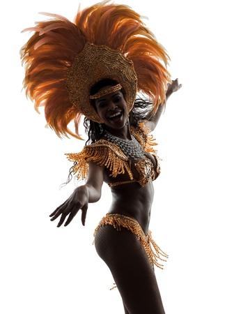 白い背景の上にシルエットを踊る 1 つのアフリカの女性のサンバ ダンサー