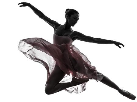 bailarines silueta: una mujer, bailarina de ballet, bailarín, bailando en la silueta en el fondo blanco Foto de archivo
