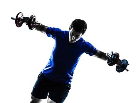 caucasico: un hombre cauc?sico ejercicio de entrenamiento con pesas en el fondo blanco