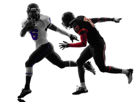 football silhouette: un giocatore di football americano in silhouette ombra su sfondo bianco