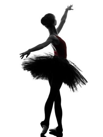 한 백인 젊은 여자 발레리나 발레 댄서 흰색 배경에 실루엣 스튜디오에서 발레와 함께 춤을