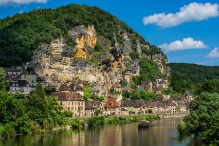 aquitaine: beautiful village of La roque gageac dordogne perigord France Stock Photo
