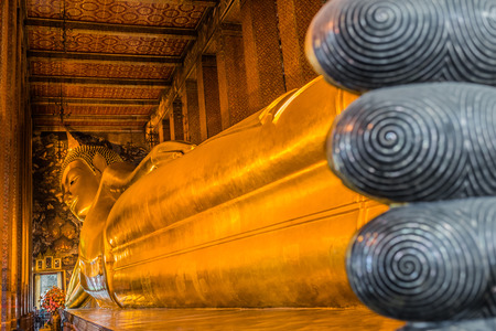 reclining buddha Wat Pho temple bangkok thailand photo