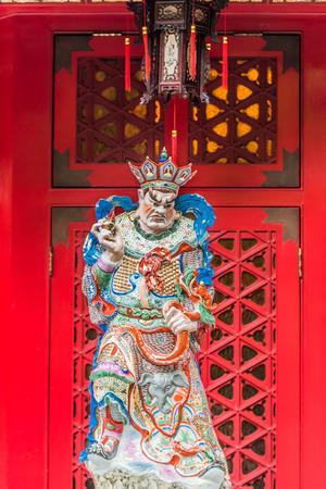 taoisme: Taoïsme god beeldhouwkunst aan Sik Sik Yuen Wong Tai Sin Tempel Kowloon in Hongkong